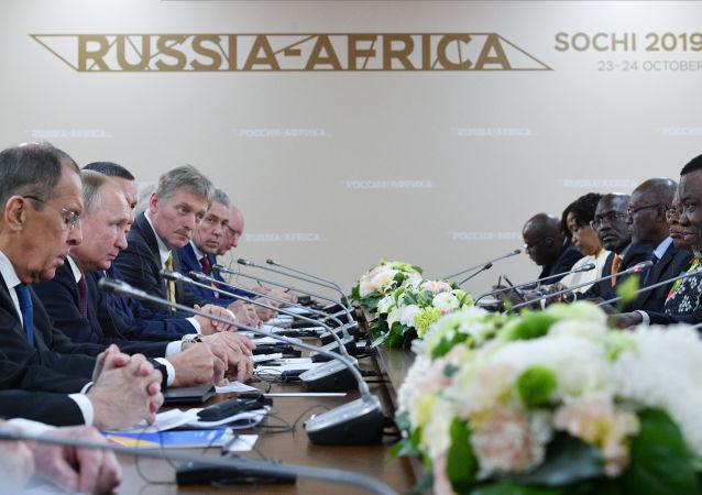 普京表示铀资源开发是与纳米比亚合作的重要板块