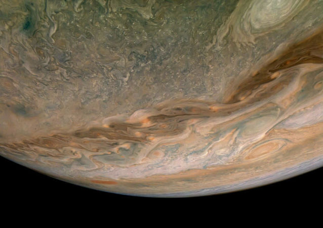 NASA科学家首次证实木星卫星表面存在水汽