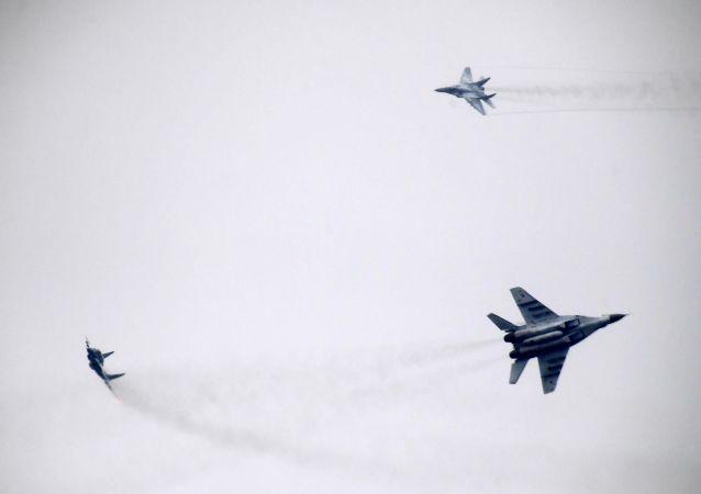"""在俄白""""西方""""演习中将大规模使用航空兵"""