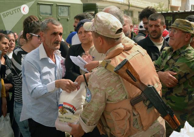俄军方向叙利亚东北部基督教堂提供人道物资