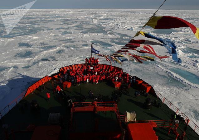 俄副總理講述未來數十年來北極地區經濟發展前景