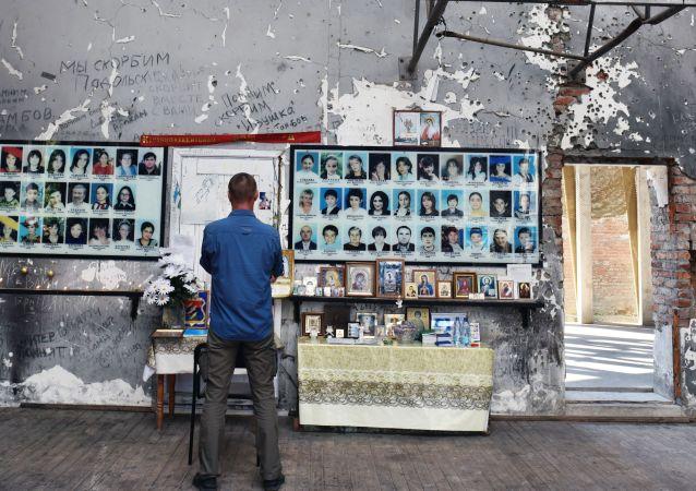 莫斯科举行别斯兰悲剧遇难者纪念活动