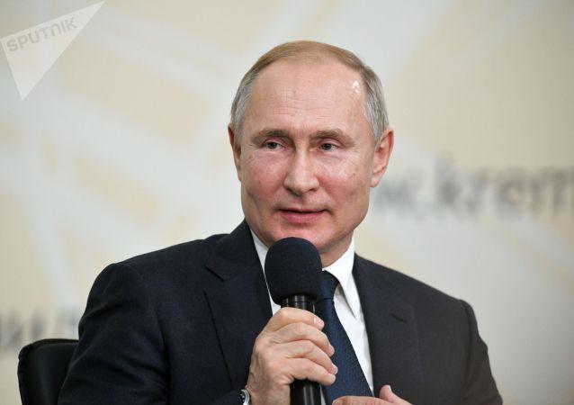 普京:斯大林沒讓自己與希特勒直接溝通從而沾上污點