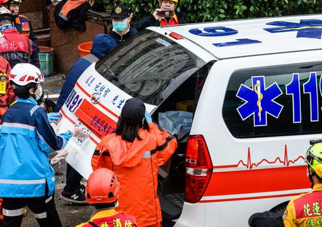 台灣高雄大樓火災事故遇難人數增至12人 34人受傷