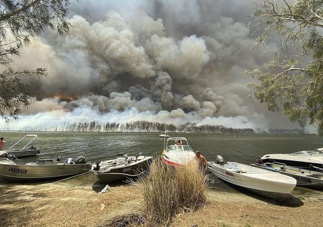 美國宇航局:澳大利亞林火煙霧已圍繞地球週轉一圈
