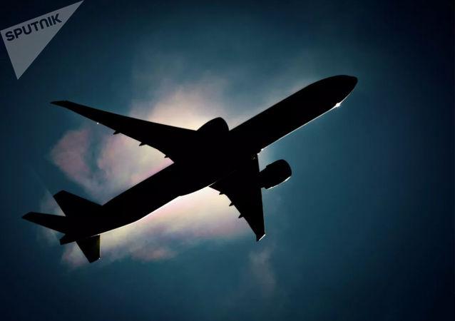 一架从萨哈林飞往中国的货运飞机紧急迫降哈巴罗夫斯克