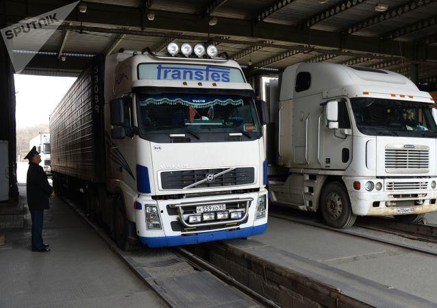 俄经远东海关与中国的货运量2020年下降29%