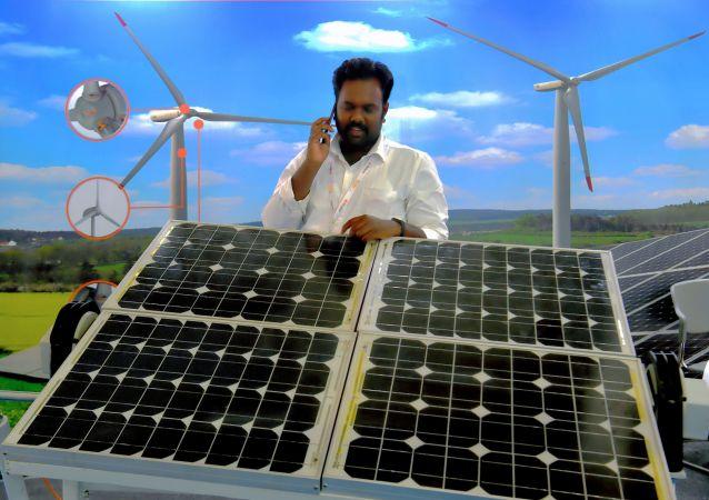 中国向印度大量出口太阳能电池板 使印度获得廉价太阳能