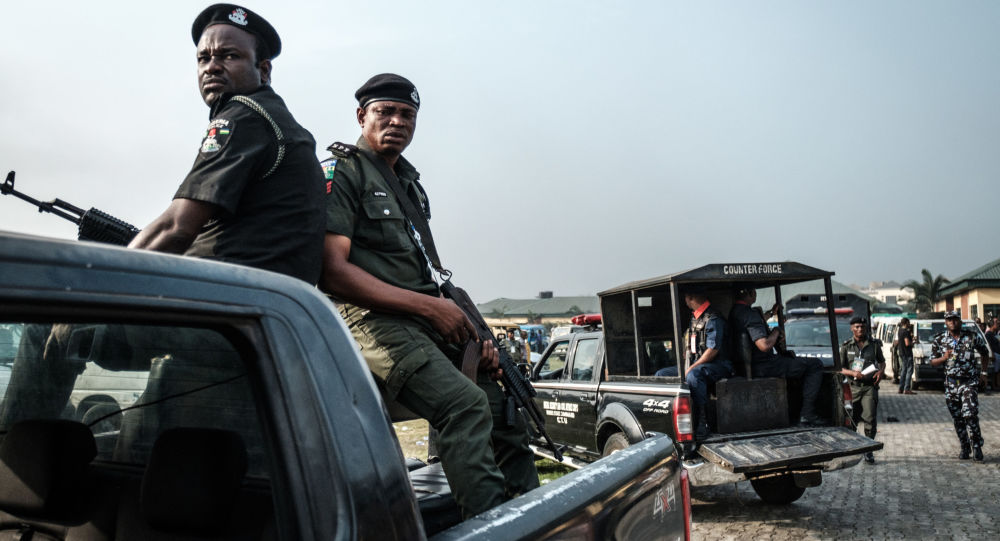 尼日利亚西北部一学校遇袭导致至少13人丧生
