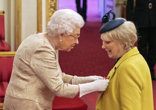 英国女王取消的勋章创近十年来的纪录
