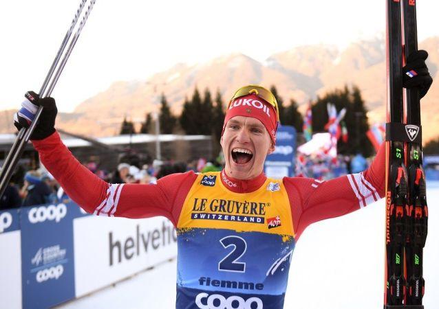 俄滑雪运动员博尔舒诺夫