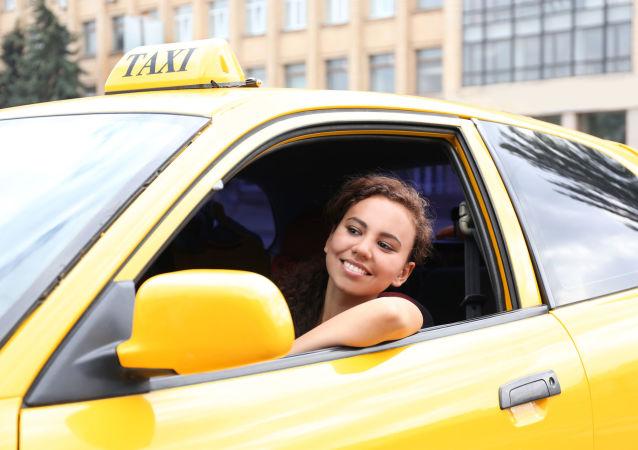 女性出租车司机
