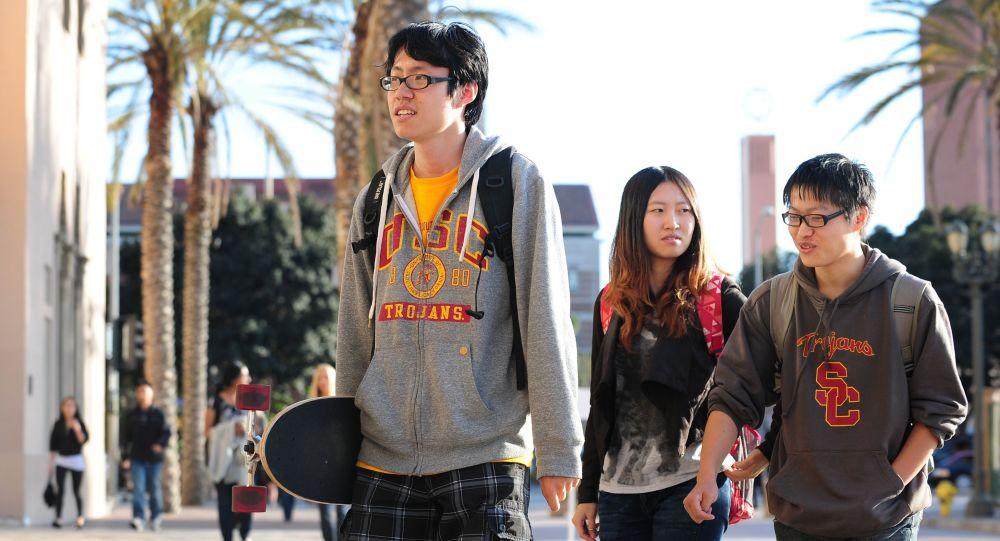 中国学生在美国