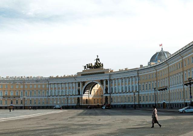 圣彼得堡冬宫广场