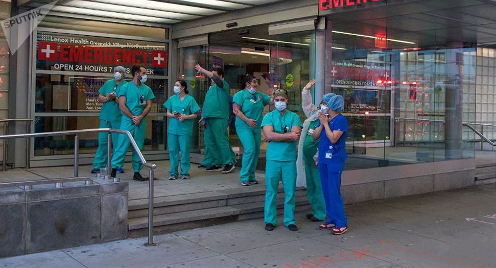 美国新增确诊感染新冠病毒病例6.62万例