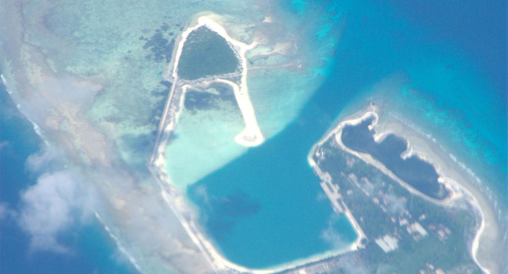 美军舰擅闯中国西沙群岛 中方进行跟踪监视并予以警告驱离