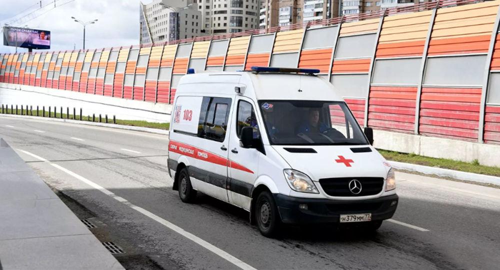 一辆尼瓦汽车在图瓦公路上翻车 5人死亡