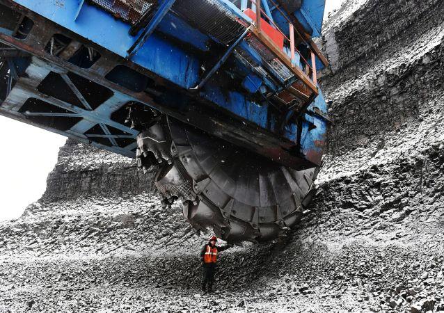 今年上半年俄对华煤炭出口量增长10%