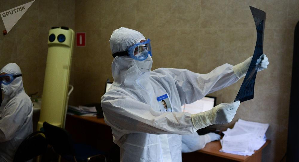 俄防疫指挥部:俄单日新增新冠病毒感染病例22589例 累计超635.6万例