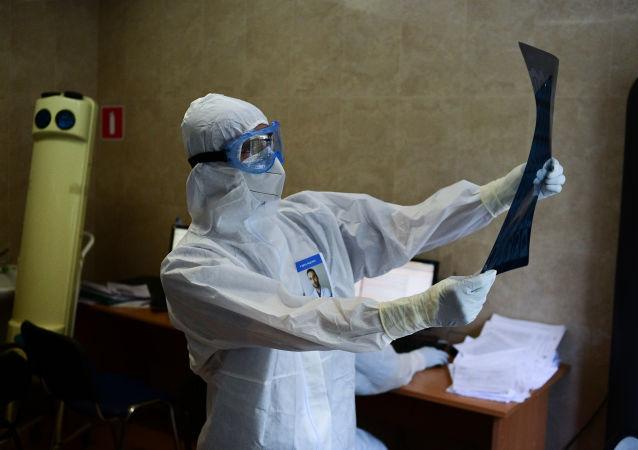 俄防疫指揮部:俄單日新增新冠病毒感染病例28717例 累計超786.1萬例