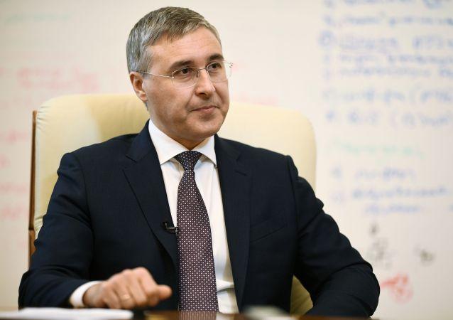 俄科學和高等教育部長:該部希望加強對舉辦中學生奧賽的要求
