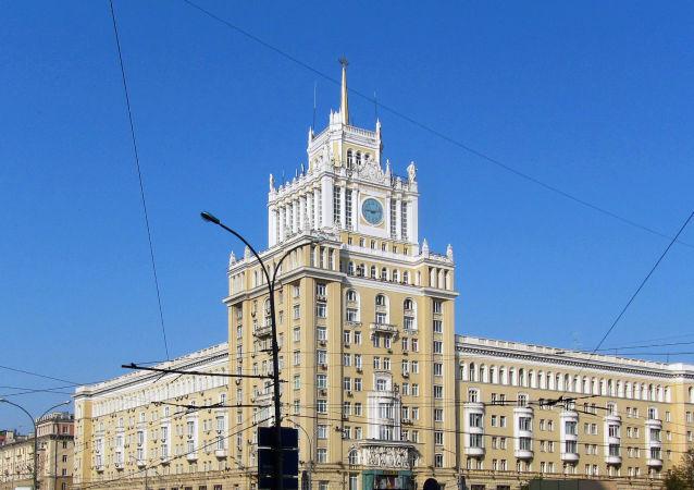 象徵中蘇友誼的莫斯科北京飯店的塔樓被修復