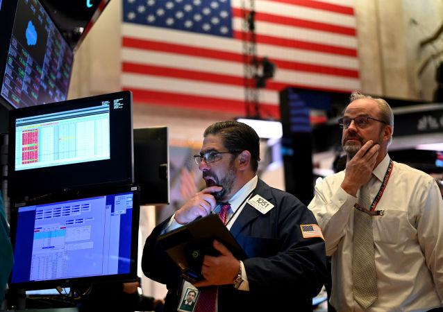 专家:十迹象显示美国股市可能出现第四个历史高点 值得警惕
