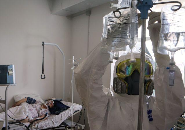俄防疫指揮部:俄單日新增新冠病毒感染病例19706例 累計超733.3萬例