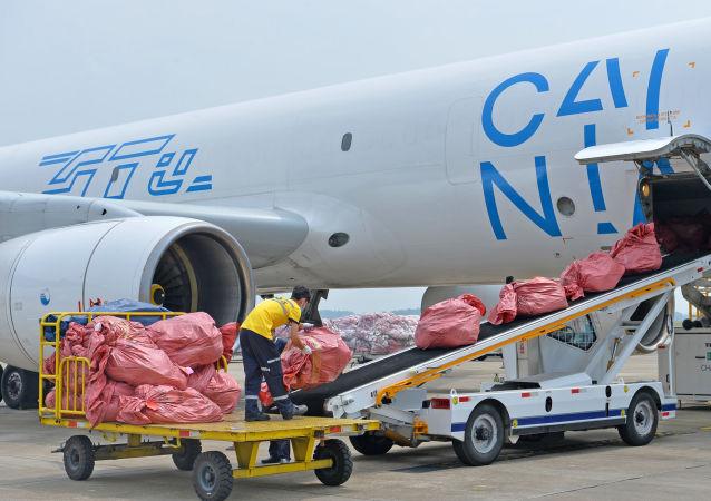 菜鸟网络开通从香港向莫斯科运输电子产品的专门航班