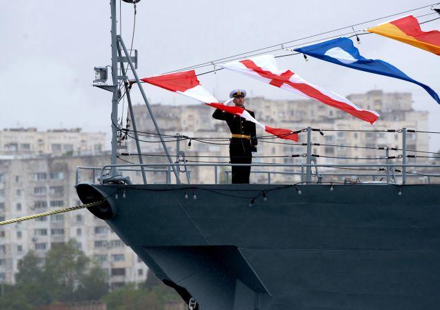 俄海軍將獲得代替蛙人保障艦艇安全的微型無人潛航器