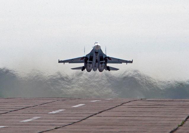 俄蘇-27戰鬥機